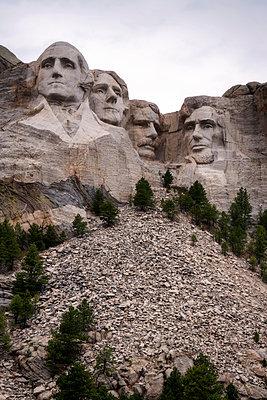 Mount Rushmore National Memorial - p1154m1221903 von Tom Hogan
