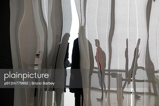 p912m775892 von Bruno Barbey