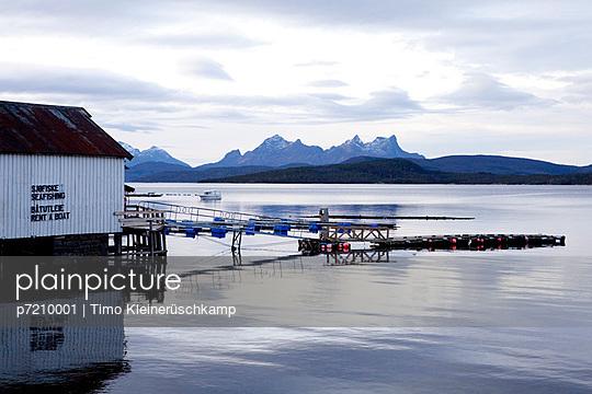 Fischerhaus aud den Lofoten - p7210001 von Timo Kleinerüschkamp