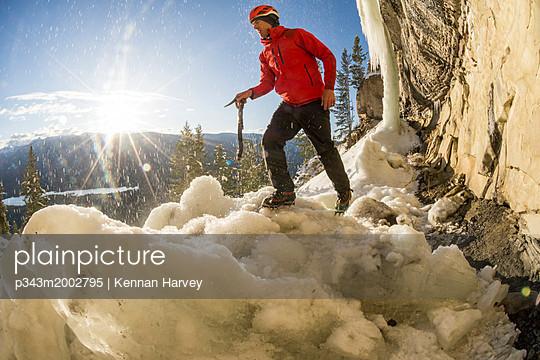 p343m2002795 von Kennan Harvey
