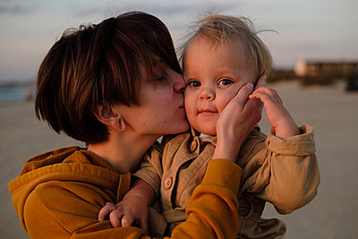 Mother and son - p1363m2142800 by Valery Skurydin