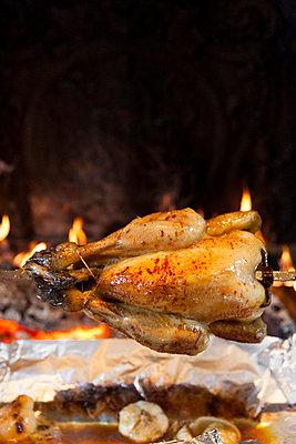 Grilled chicken - p756m932157 by Bénédicte Lassalle