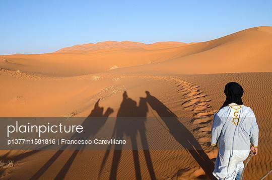 p1377m1581816 von Francesco Carovillano