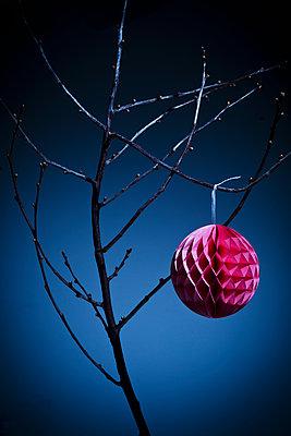 Honeycomb ball - p1149m1492897 by Yvonne Röder