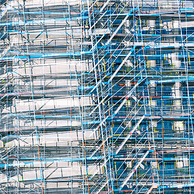 Shell facade with scaffolding - p401m2181743 by Frank Baquet