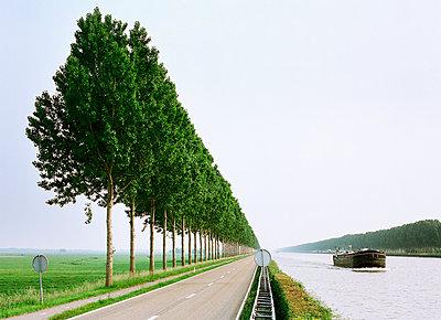 Amsterdam–Rhine Canal - p1132m1016969 by Mischa Keijser