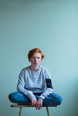 Red-haired girl - p427m2142148 by Ralf Mohr