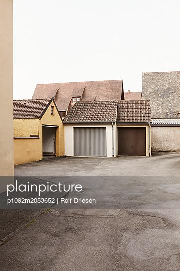 Garagenhof - p1092m2053652 von Rolf Driesen