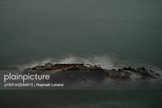 English Channel - p1631m2294915 by Raphaël Lorand