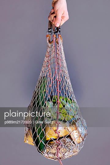Einkaufsnetz - p989m2173920 von Gine Seitz