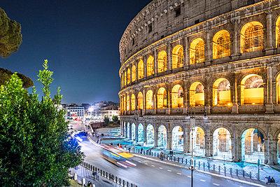 Rome, Colosseum - p1275m2100030 by cgimanufaktur