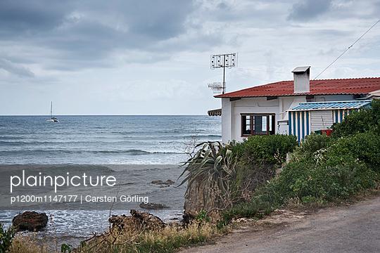 Haus am Meer - p1200m1147177 von Carsten Görling