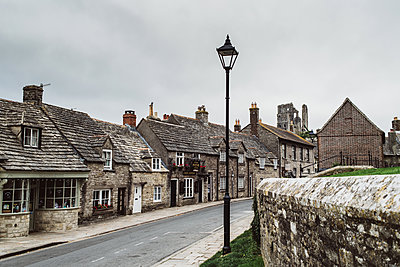 In the streets of Corfe Castle - p1326m2099821 by kemai