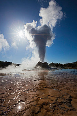 USA, Yellowstone Park, Wyoming, Castle Geyser - p3008791f by Fotofeeling