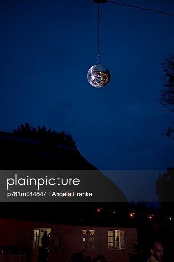 Diskokugel - p781m944847 von Angela Franke
