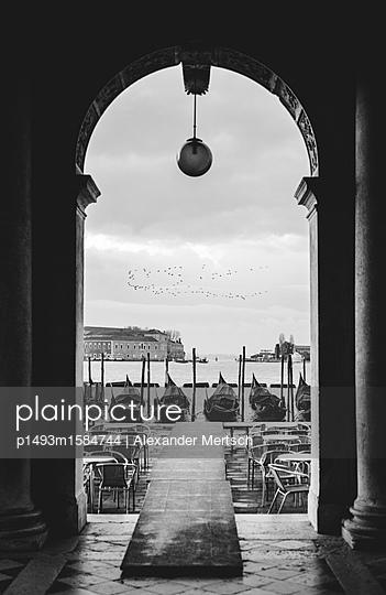 Acqua Alta in Venedig I - p1493m1584744 von Alexander Mertsch