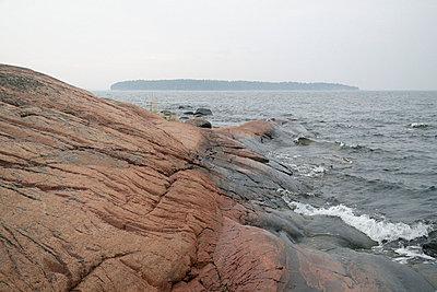 Cliff - p322m715844 by Kimmo von Lüders