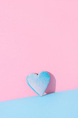 Herzförmiger Keks - p1423m2014736 von JUAN MOYANO