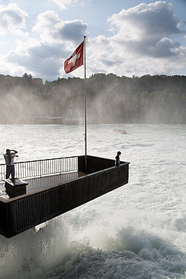 Rhine falls - p1682m2293203 by Régine Heintz