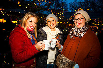 Weihnachtsmarkt - p904m749008 von Stefanie Päffgen