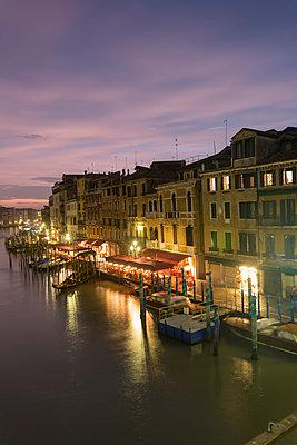 Venedig - p745m778936 von Reto Puppetti