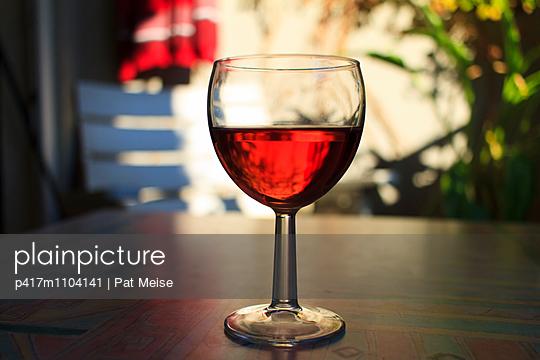 Weinglas - p417m1104141 von Pat Meise
