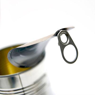 Close-up of a tin can - p8130085 by B.Jaubert