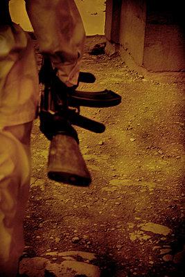 Kalashnikov, Egypt - p1028m2211805 by Jean Marmeisse