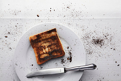 Burned toast - p8050012 by C. Schmidt