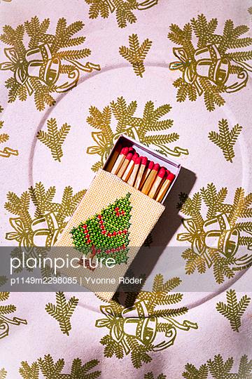 Matchbox - p1149m2298085 by Yvonne Röder