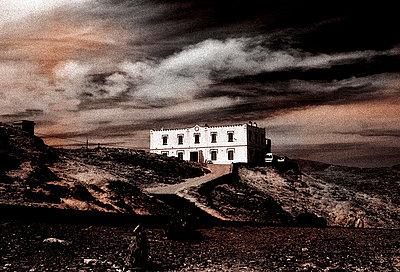 Blick auf das einsam gelegene Restaurant Cap Creus - p9793413 von Hoschek