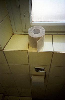 Toilet paper - p0200004 by Stefan Klein