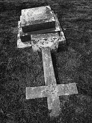 Christian burial in Devon, UK - p1048m2025763 by Mark Wagner