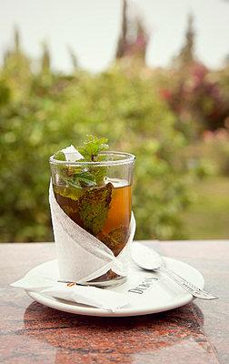 Tea with fresh mint - p382m1110585 by Anna Matzen