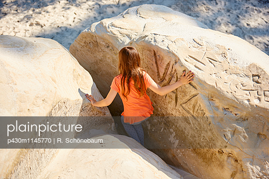 Sandhöhlen - p430m1145770 von R. Schönebaum