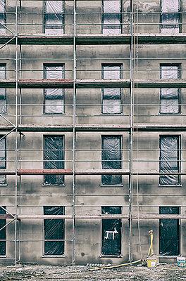 Shell facade - p401m2176272 by Frank Baquet