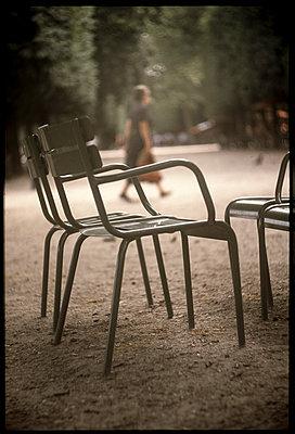 Jardin des Tuileries - p567m1515821 by Alexis Bastin