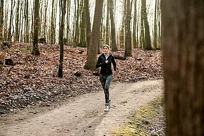 Sport - p890m1214159 von Mielek