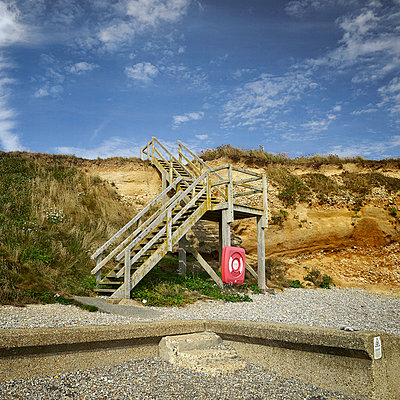 Wooden steps onto pebble beach - p1072m905466 by Neville Mountford-Hoare