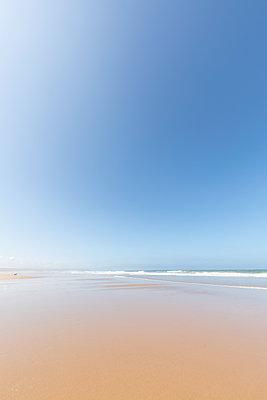 Morocco, beach - p300m2030011 von Michael Malorny