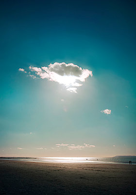 Cloud over Camber Sands - p984m1123712 by Mark Owen