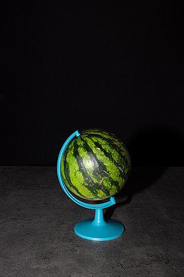 Melonenglobus - p454m2217387 von Lubitz + Dorner