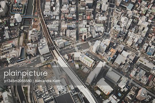 Blick auf Tokio  - p1345m2055580 von Alexandra Kern