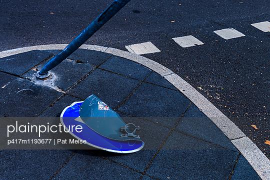 Unfall - p417m1193677 von Pat Meise