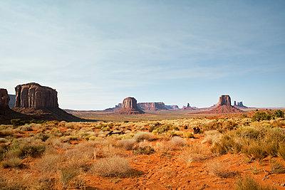 Monument Valley Nartional Park - p1525m2087252 von Hergen Schimpf