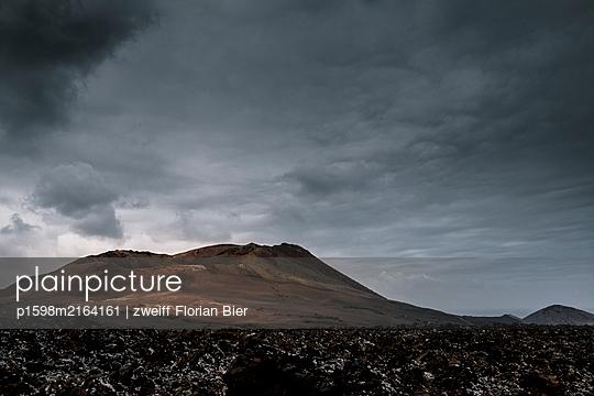 Volcanic mountain, Lanzarote - p1598m2164161 by zweiff Florian Bier
