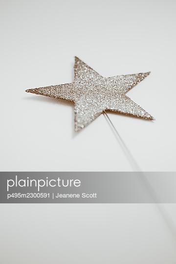 Glitter star shape magic wand - p495m2300591 by Jeanene Scott