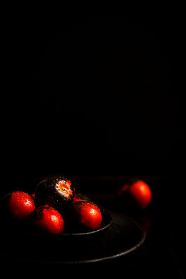 Sun black tomatoes - p1392m1440961 by Federica Di Marcello