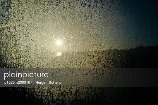 p1525m2099167 by Hergen Schimpf