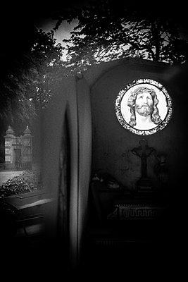 Laeken Cemetery, Belgium - p1245m1043410 by Catherine Minala